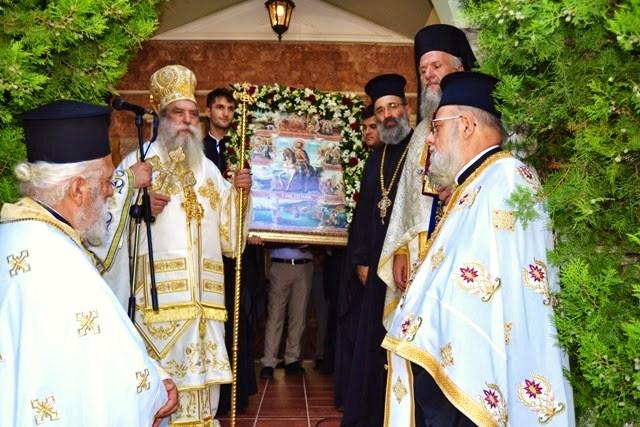 Αρχιερατική Θεία Λειτουργία στον ιδρυματικό ναό του Αγίου Ευσταθίου στους Μολάους