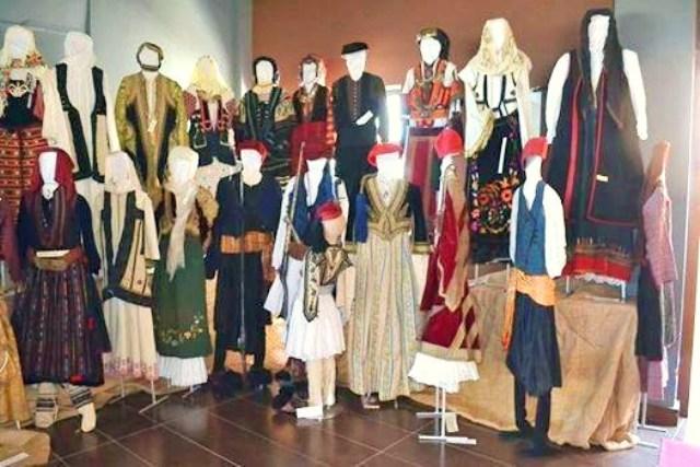 Εγκαίνια έκθεσης  ιστορικών κειμηλίων στη Νεάπολη με συνδιοργανώτρια την Ιερά Μητρόπολή μας