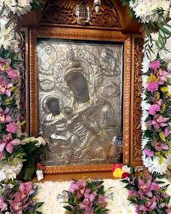10.5.2021_Με-λαμπρότητα-εόρτασε-η-Μονεμβασία-την-Παναγία-Χρυσαφίτισσα_1 (2)